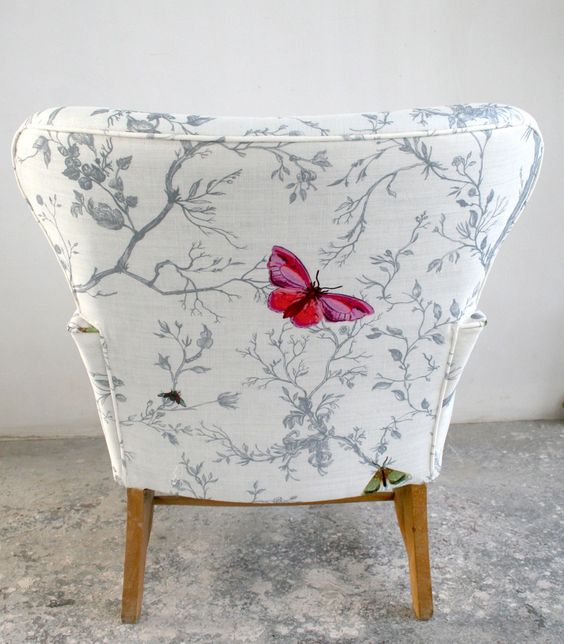 how-to-choose-sofa-chair-upholstery